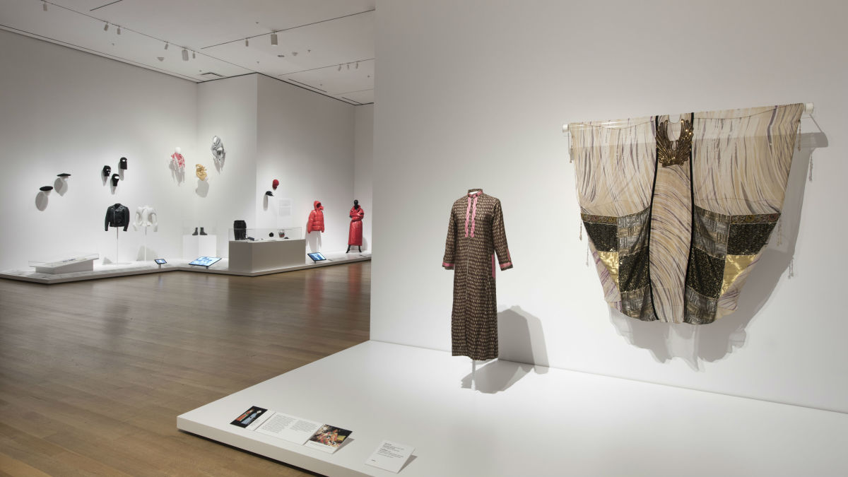 South asian attire finds its way in new york fashion for Museum of fashion nyc