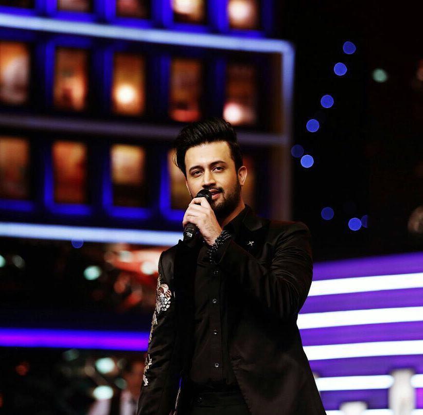 Atif Aslam S Dil Diya Gallan Tops Charts One Of His Best Songs