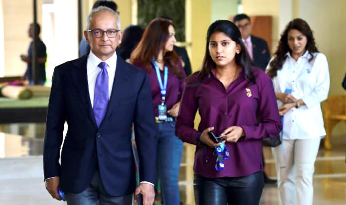 Juhi Chawla's Daughter Jhanvi Mehta Wins Hearts As She Bids At The IPL Auction