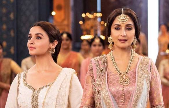 Madhuri Dixit And Alia Bhatt Steal The Show In 'Ghar More Pardesiya'