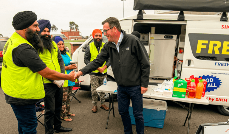 As Australia Burns Sikh Volunteers Lend Helping Hand
