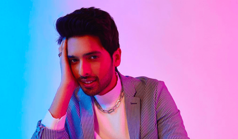 Armaan Malik – First Indian On Times Square Spotify Billboard
