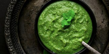 green mango mint chutney